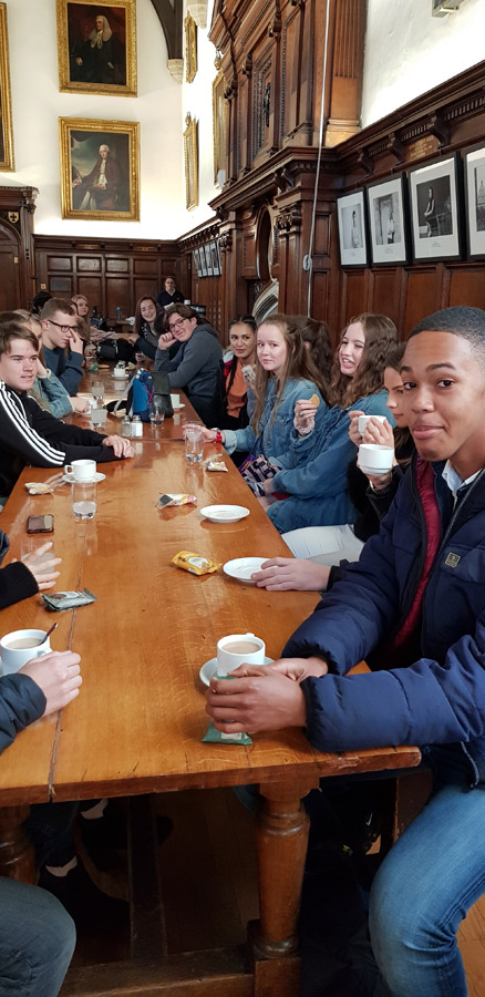 Year 11 Visit to Oxford University Photo 2