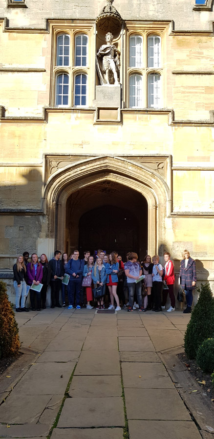 Year 11 Visit to Oxford University Group Photo